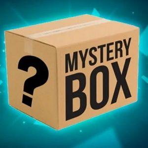 Mystery Box wholesale Lot 5-7 items all sz Medium